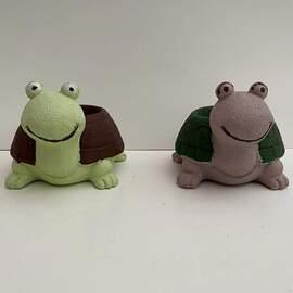 Kaplumbağa Figürlü Beton Saksı